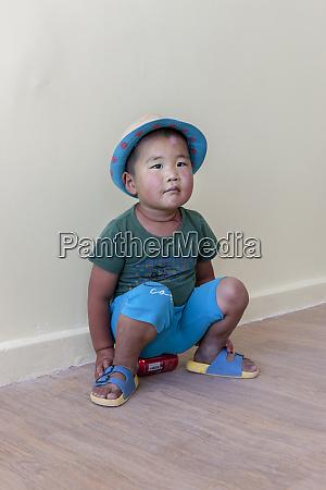school kid gobi desert mongolia