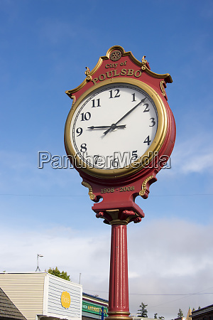 us wa poulsbo quaint clock on