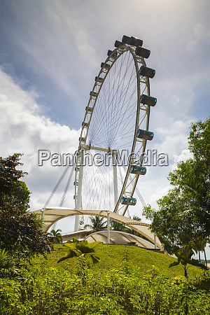 singapore singapore flyer giant ferris wheel