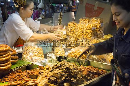 thailand chiang mai night market fried