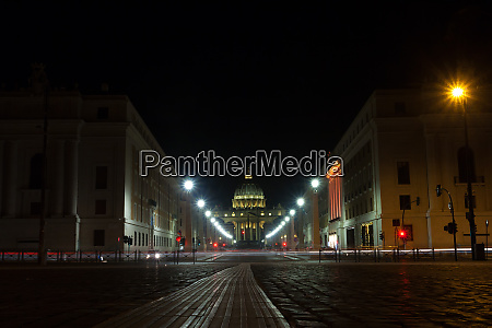 night scene of rome road with