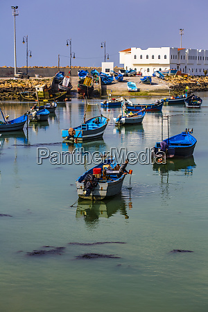 asilah morocco wooden boats fishermen