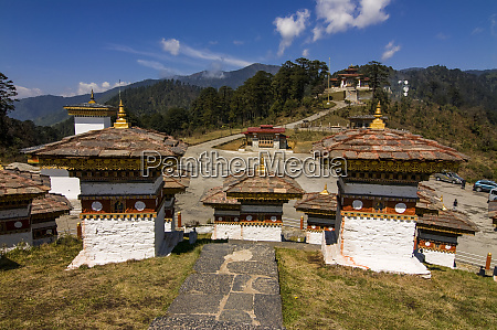 buddhist religious stupas dochula bhutan