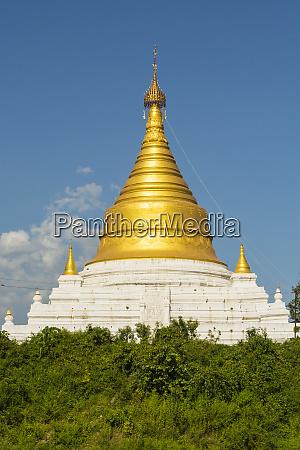 myanmar mandalay inwa bright golden pagoda