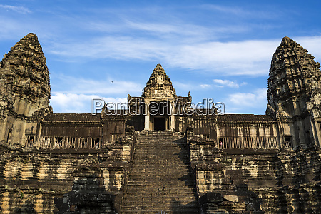 siem reap cambodia ancient ruins and