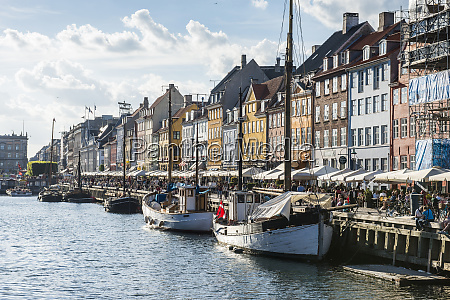 fishing boats in nyhavn 17th century
