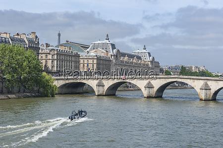 seine river louvre paris france europe