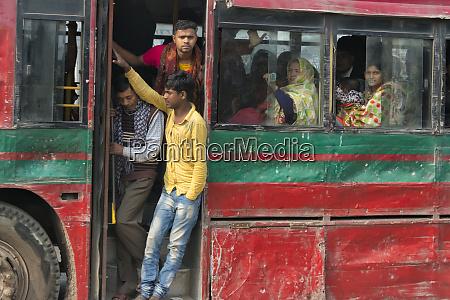 old bus with passengers dhaka bangladesh