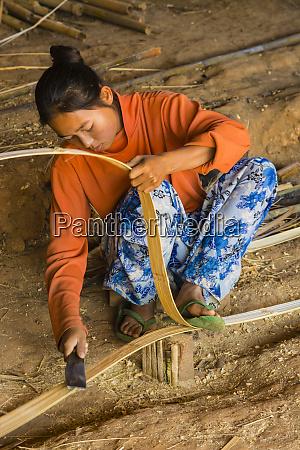 myanmar shan state kalaw woman splits