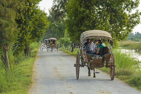 myanmar mandalay inwa tourists travel the