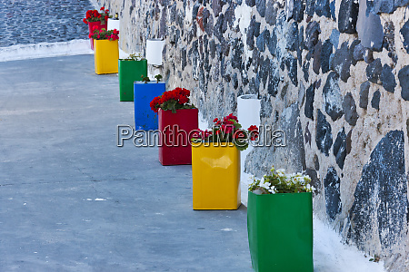 flower pots in the alley oia