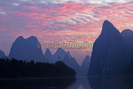 li river at sunrise near xingping