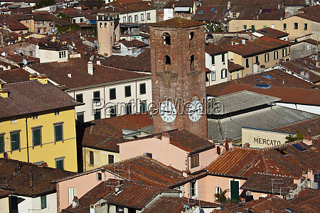 clock tower of lucca italy