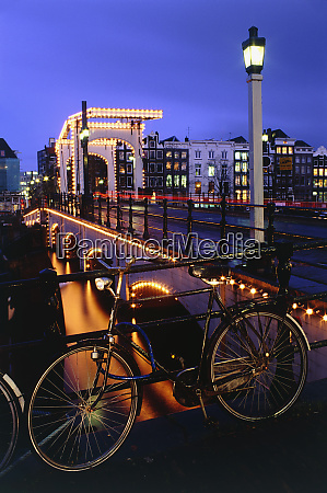 bicycles amsterdam netherlands