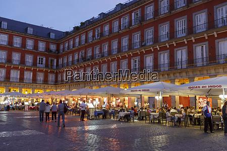 plaza mayor madrid madrid spain