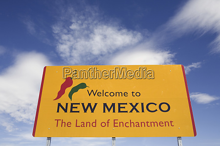 usa new mexico welcome sign at