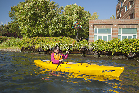 usa washington state kirkland kayaker on