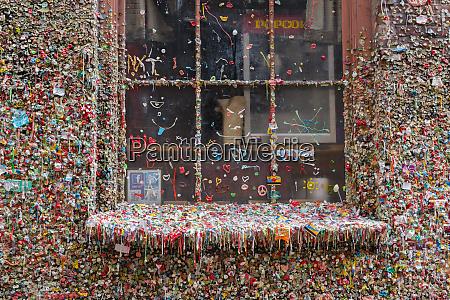 wa seattle pike place market gum