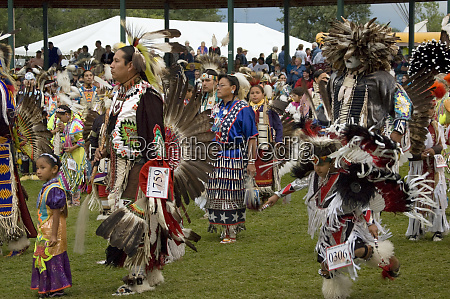 traditional pow wow fort berthold