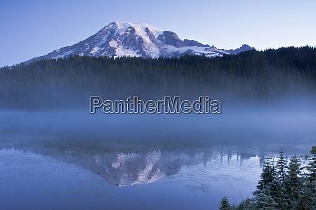 sunrise mount rainier reflection reflection lake
