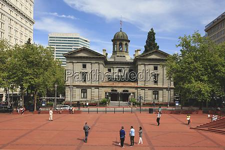 usa oregon portland pioneer courthouse and