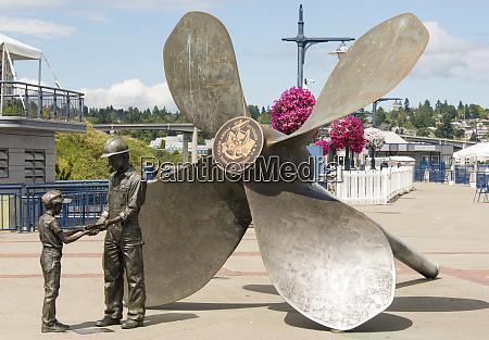usa washington state bremerton sculpture honoring