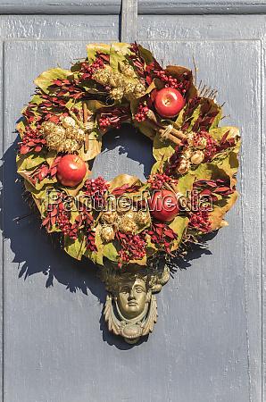 usa massachusetts newburyport door wreath