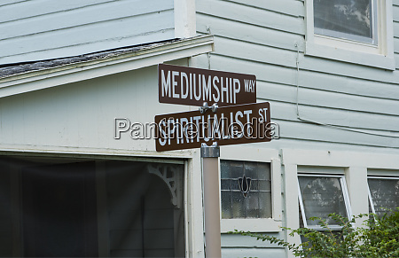 cassadaga florida spiritualist medium street and