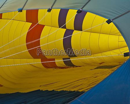 hot air balloon preparation ballooning coconino