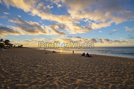 sunrise sandy beach park kai oahu