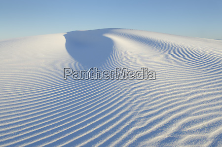 ripple patterns in gypsum sand dunes