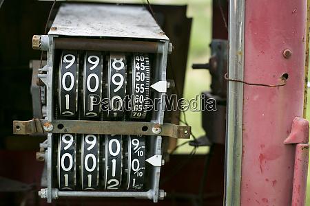 antique gas pump counting machine tucumcari