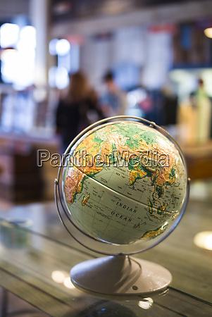 usa new york brooklyn dumbo globe