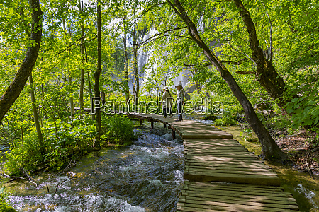 croatia plitvice national park persons on