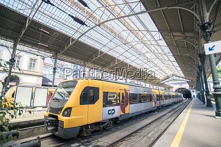 portugal oporto train at train station