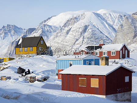 saatut fishing village during winter in