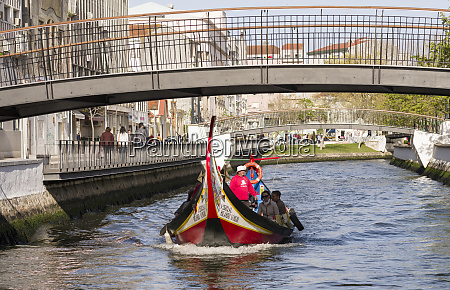 traditional moliceiro boats canal central aveiro