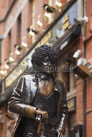 ireland dublin statue of phil lynott