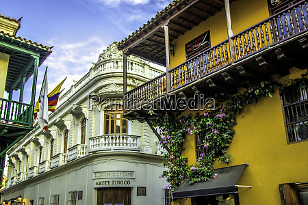 wonderful spanish colonial architecture is a