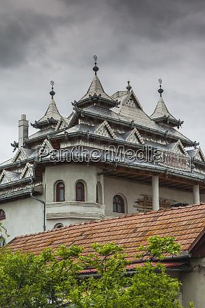 romania transylvania huedin roma palaces large