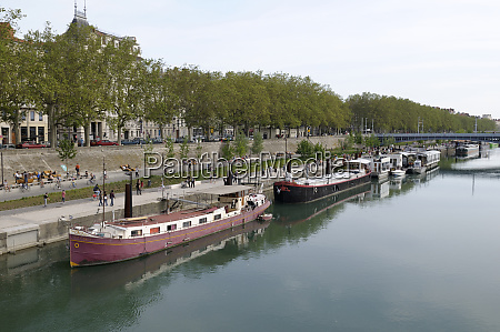 france rhone alpes lyon barges tied