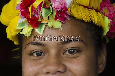 woman traditional dress for ceremony kioa