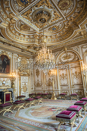 throne room chateau de fontainebleau france