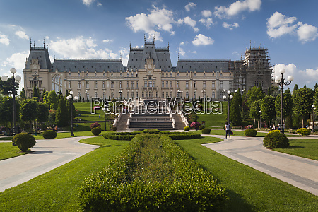 romania, , moldavia, , iasi, , palace, of, culture, - 27891162