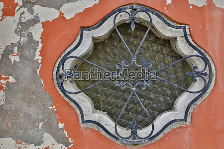 ornate window design burano italy