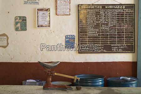cuba trinidad scales wait for customers