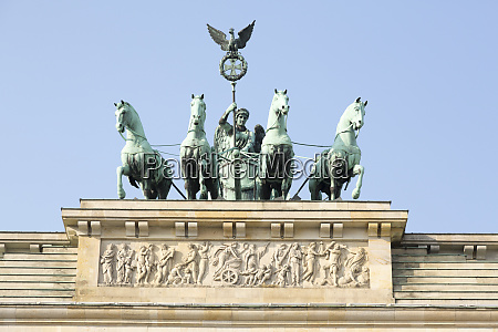 germany berlin statue atop brandenburg gate