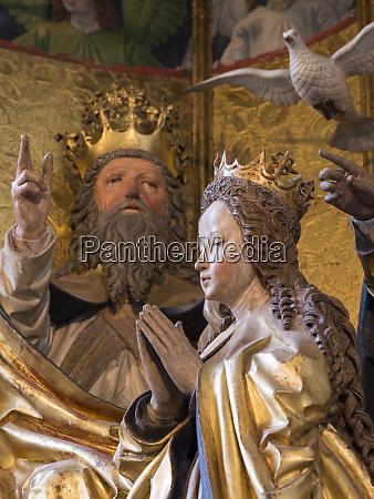 famous altar maria kronung altar pacheraltar