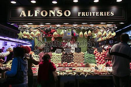 city scene barcelona spain