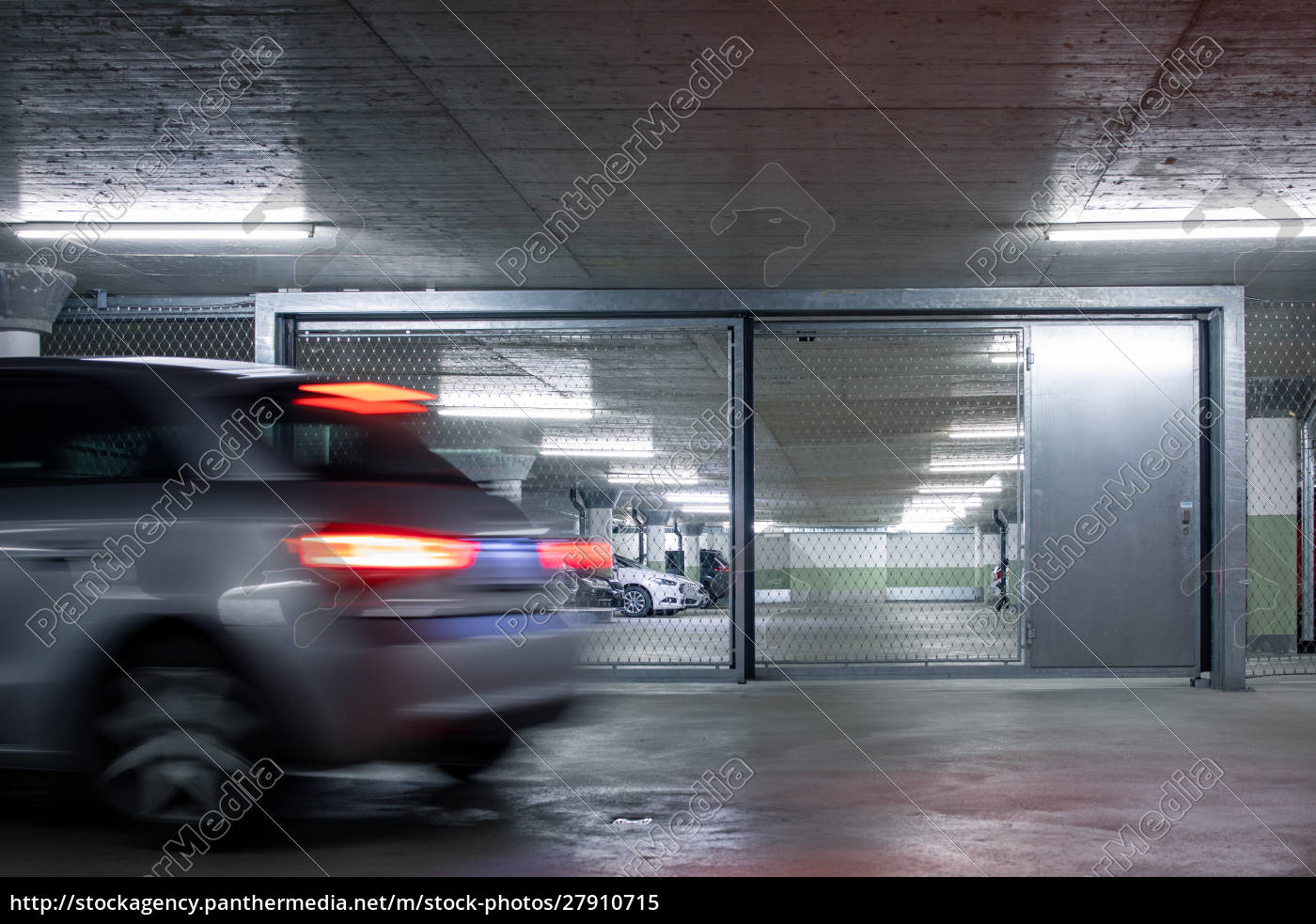 underground, parking., cars, parked, in, a - 27910715